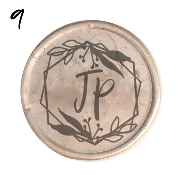 Siegel mit Initialen