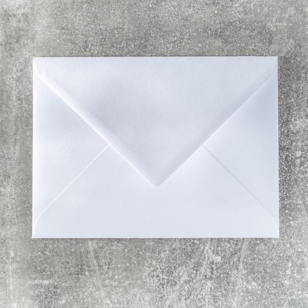 Umschlag mit Spitzklappe