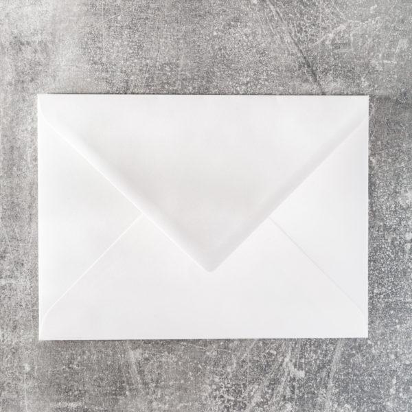Briefumschlag mit Spitzklappe