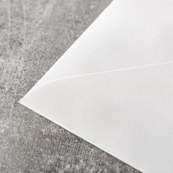 hochwertige Kuverts Hochzeit_Umschläge einfarbig Spitzklappe